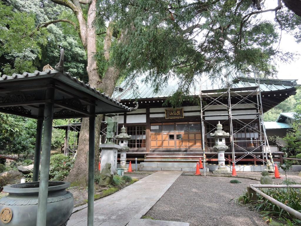 極楽寺全景